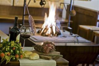 caminetto ristorante treppo carnico